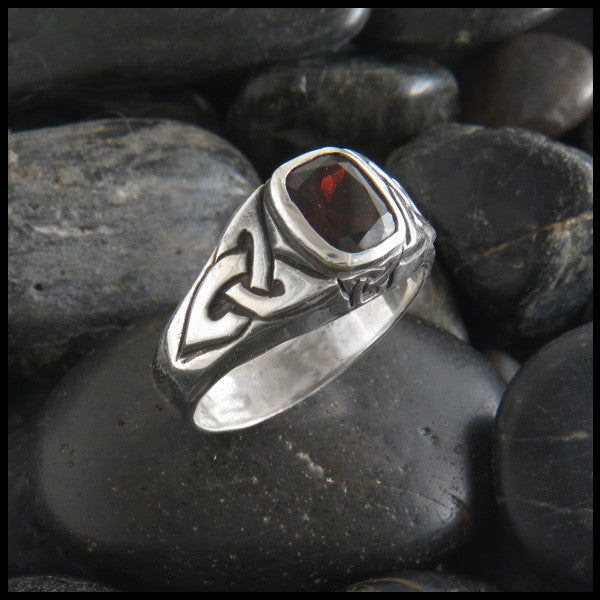 Trinity Knot Ring in Sterling Silver with Garnet