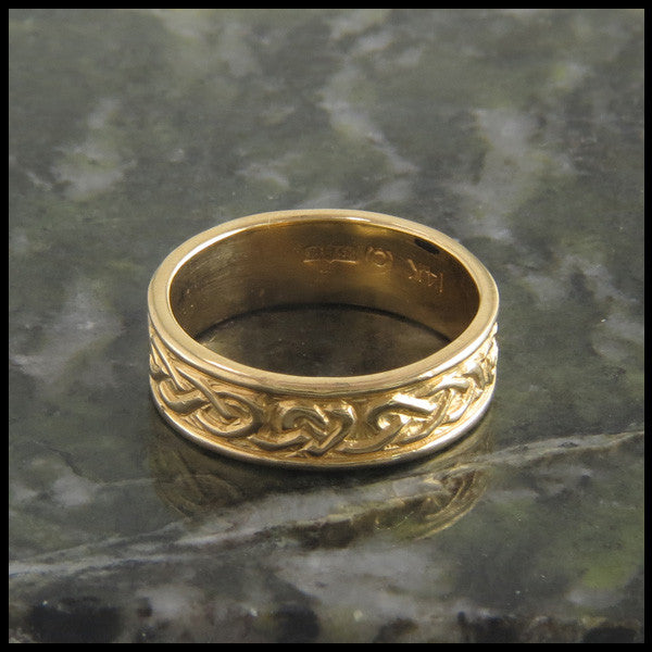 Celtic Heart Knot Wedding Band Ring in 14K Gold