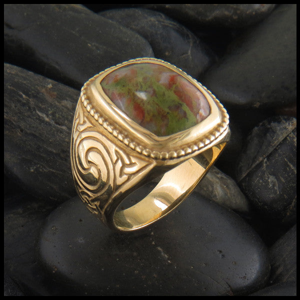 Large Men's Celtic Ring with Stone in 14K Gold