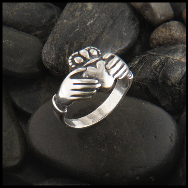 Irish Claddagh Ring in Sterling Silver