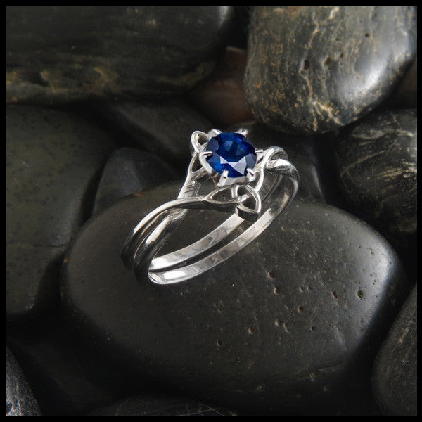 Triquetra Interlocking Engagement Ring Wedding Set with Sapphire
