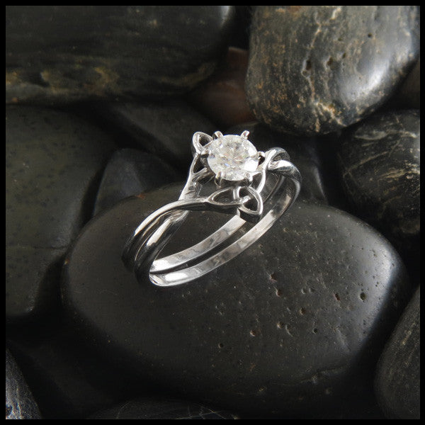 Triquetra Interlocking Engagement Ring Wedding Set with Diamond