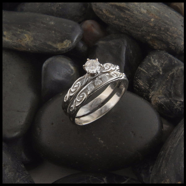 Simple Celtic Knot Diamond Wedding Ring Set ...