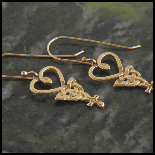 An Teor, The Three, Celtic Pendant and earring set in 14K Gold