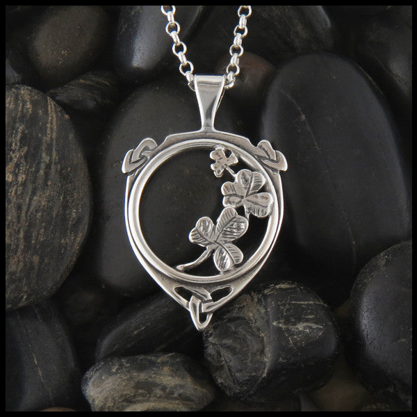 Irish shamrock pendant in Sterling Silver