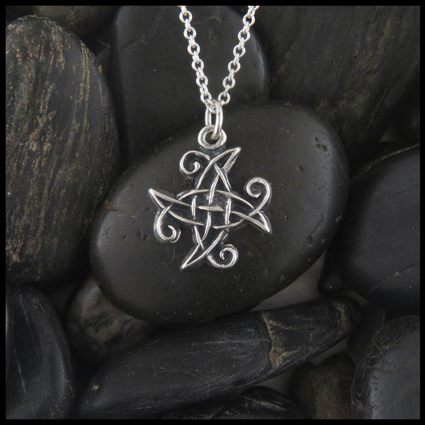 Simple Celtic Knot pendant in Sterling Silver