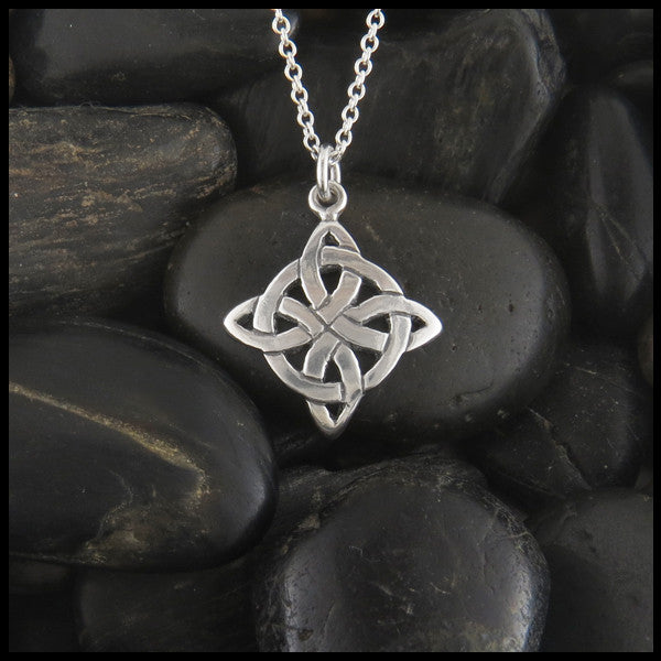 irish and heart knot silver necklace jewelry pendant celtic