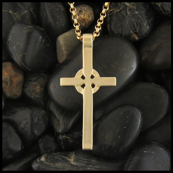 Plain Celtic Cross in 14K Gold