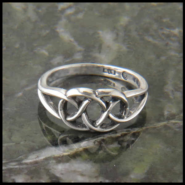Celtic Love Knot Ring in Silver