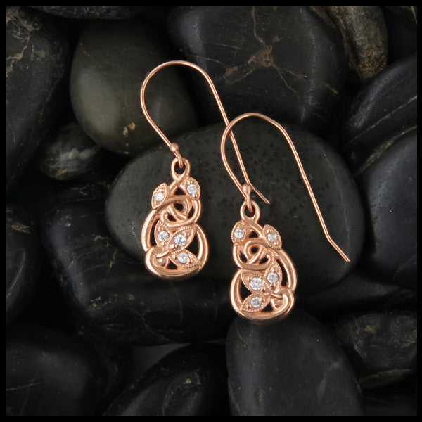 Delicate Celtic Drop earrings in Gold with Diamonds