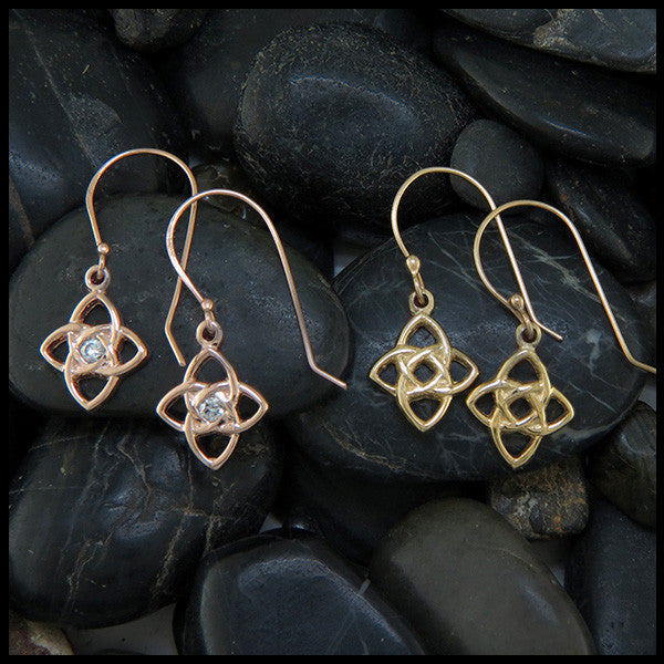 Starlight knot earrings in 14K Gold