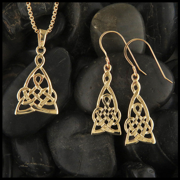 Mother's Knot Pendant and Earring Set in Gold