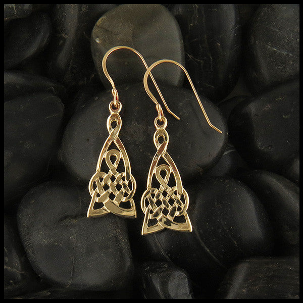 Mother's Knot Earrings in Gold