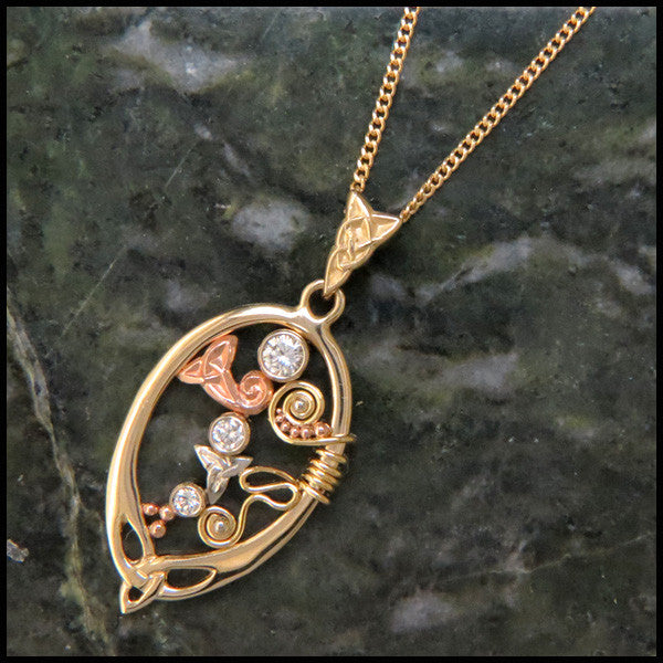 Celtic pendant in Gold with Diamonds