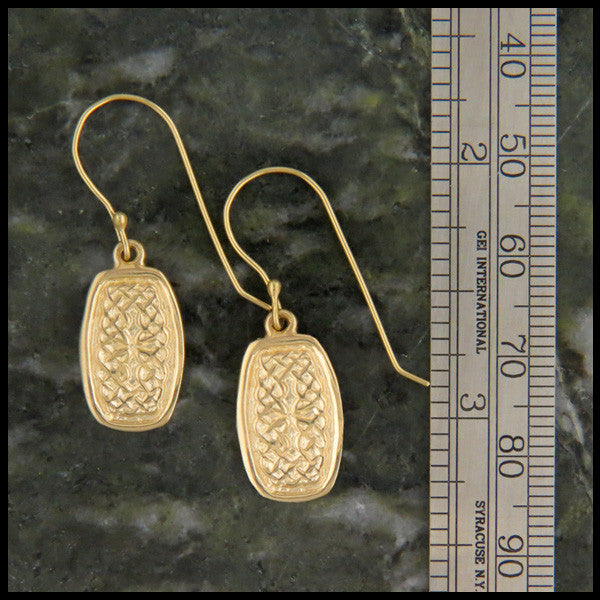 Celtic Knot earrings in 14K Gold