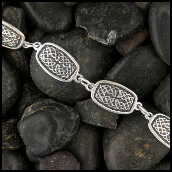 Celtic Knot link bracelet in Sterling Silver