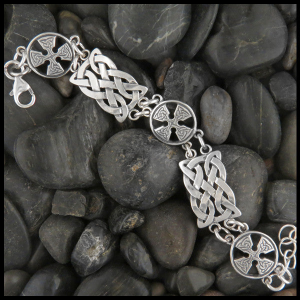 Alternating Celtic Knot link Bracelet