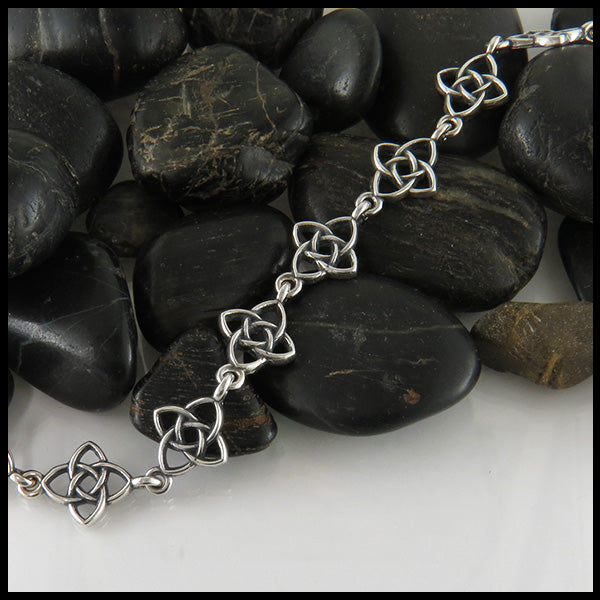 Starlight knot bracelet in Silver