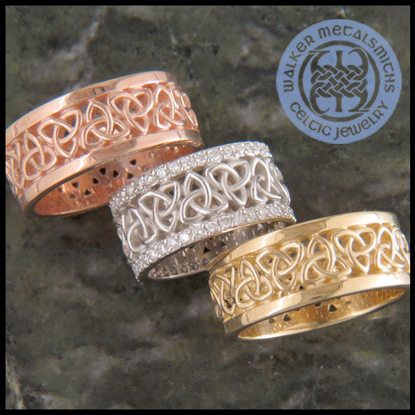 Triquetra Wedding Band in 14K Gold with Diamonds