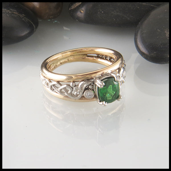 Tsavorite Cushion Custom Ring in Gold