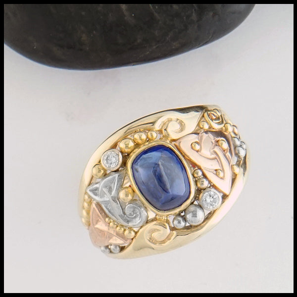 Trinity Knot Sapphire Cabochon Ring