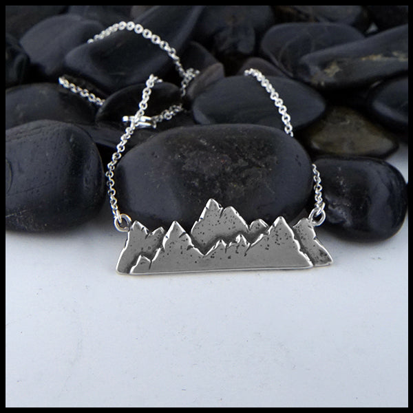 Highland mountain bar pendant in Sterling