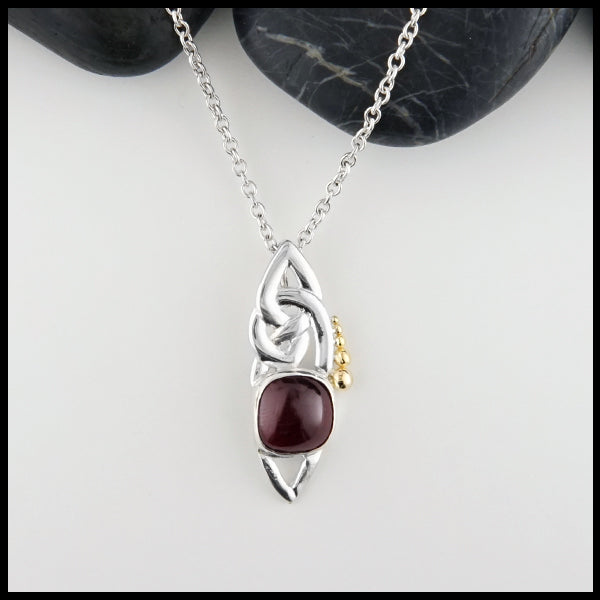 Celtic Pendant with Cabochon Garnet