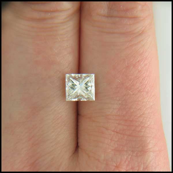 st   1.61ct Princess cut Diamond