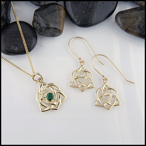 Tsavorite 14K Celtic Pendant and Earring Set