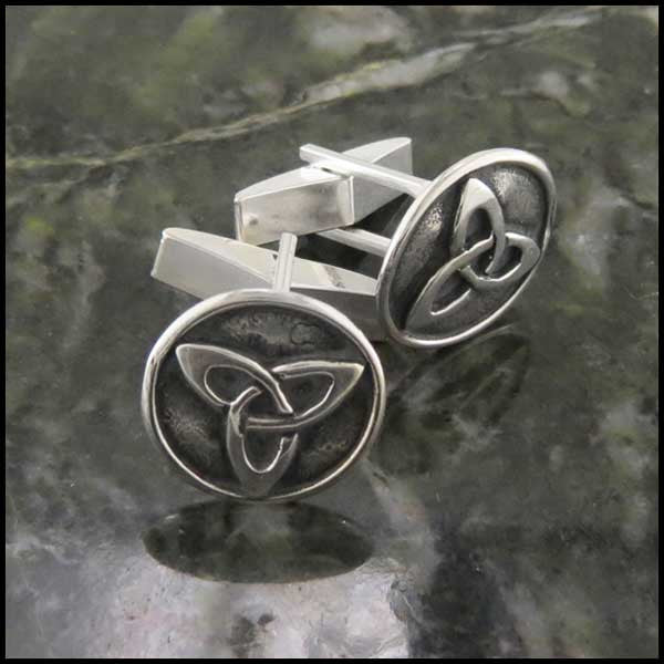 Trinity Knot Mens Cuff Links in Sterling Silver
