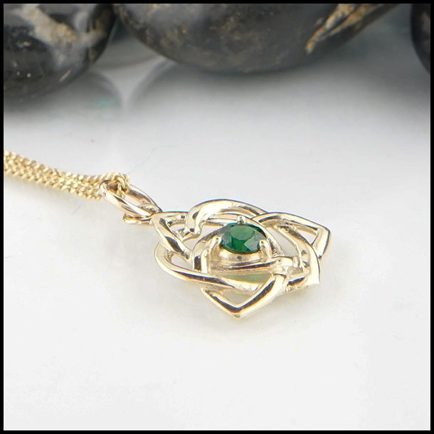 14K Celtic Pendant with Tsavorite