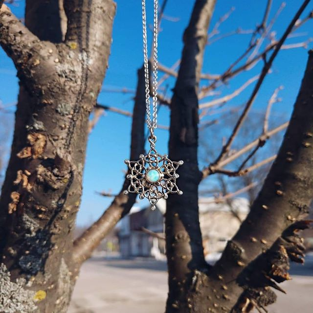 Opal Snowflake in white gold