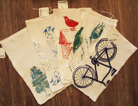 "GIFT BAG/8x11"" CAT - Hand Printed Drawstring Reusable Cotton Bag - Zen Threads"