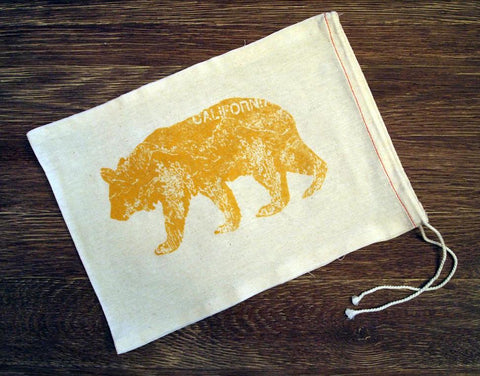 "GIFT BAG / 8""x11""  California Bear - Zen Threads"