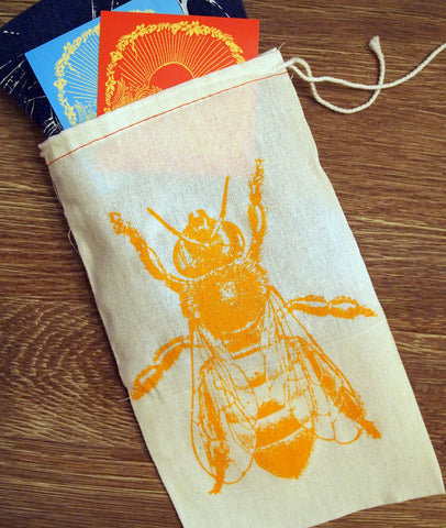 "GIFT BAG - 8 x 11"" Honey Bee Cotton - Zen Threads"
