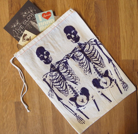 "GIFT BAG / 8x11"" - SKELETONS - Zen Threads"