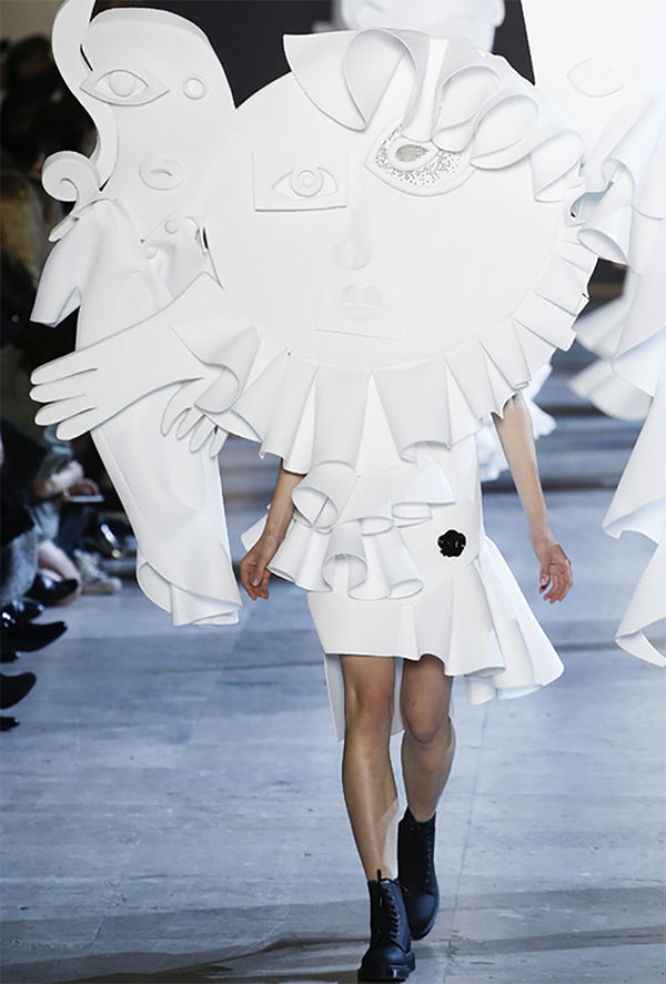 show stopper ss16 viktor and rolf