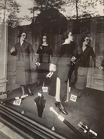 Fashion Window Display Paris - Venus Art Prints