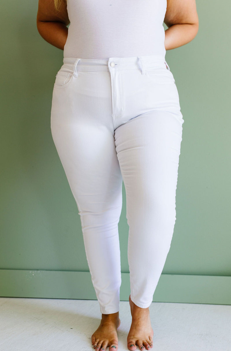 Judy Blue Keeping It Tight White Jeans