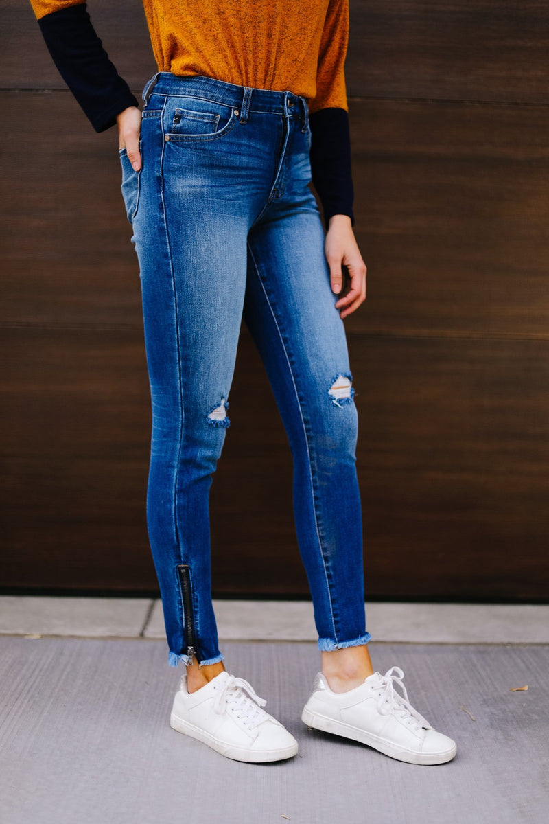 KanCan Medium Wash Ankle Zip Skinnies