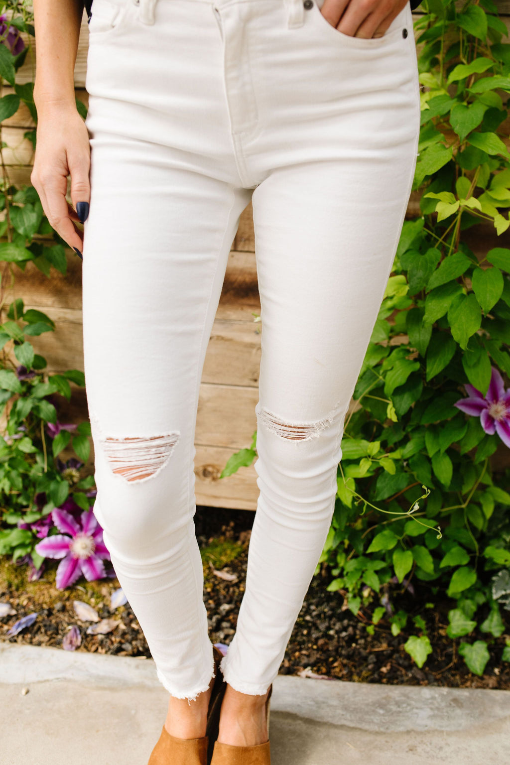KanCan Ripped Knee White Jeans