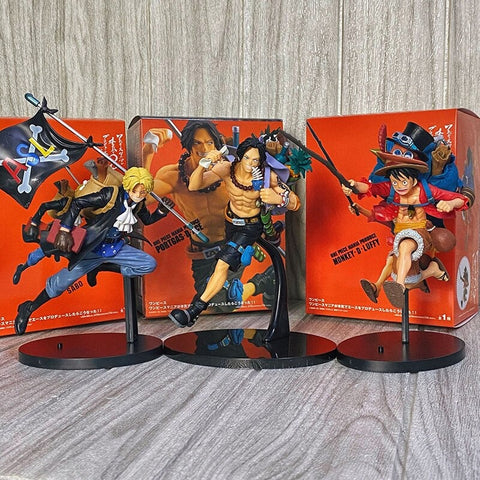 one-piece-action-figure-running-3 brothers-ace-luffy-sabo