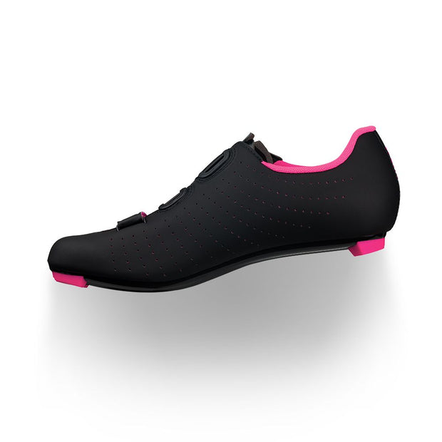 Tempo Overcurve R5 Cycling Shoe in Black/Pink by Fizik