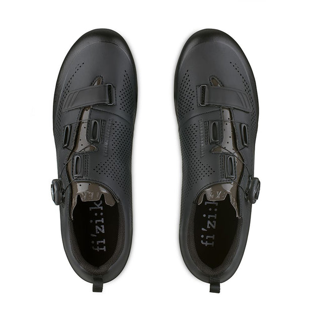 Terra X5 Cycling Shoe in Black by Fizik