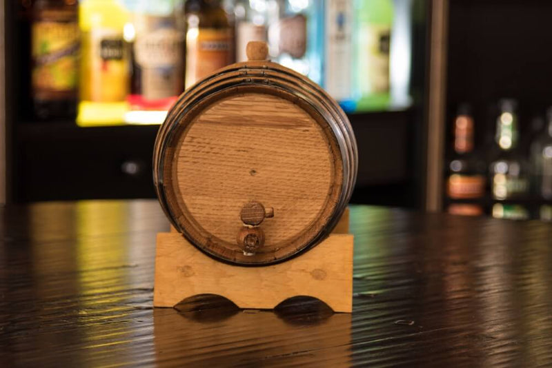 Personalized - Engravable American White Oak Aging Barrel - Barrel Aged (10 Liter, Black Hoops) - Whiskey Aging Barrel - Uncle Whiskey - Uncle Whiskey