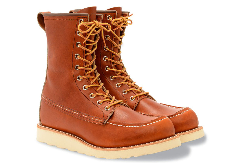 877 Heritage 8-Inch Classic Moc Toe Boot