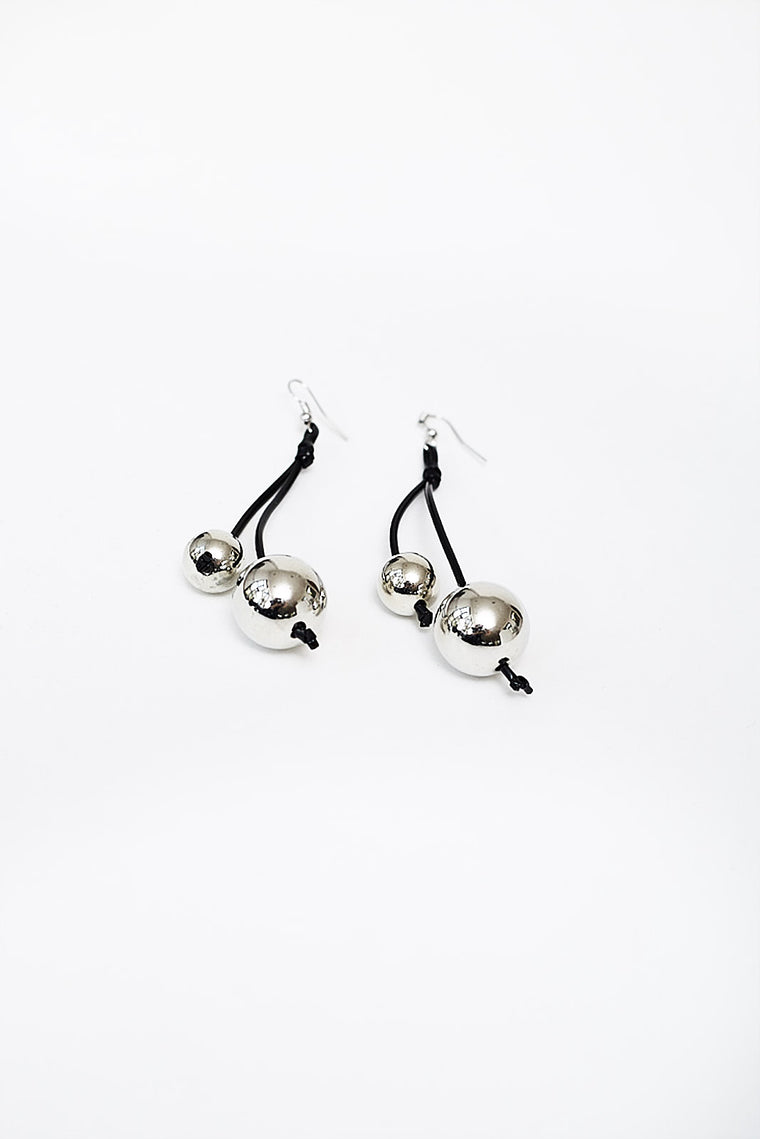 SILVER BEADS EARRINGS