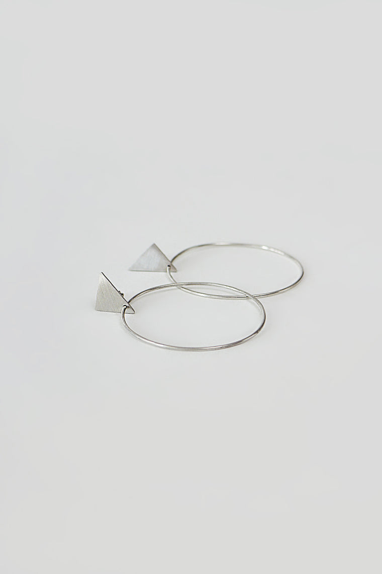 GEOMETRY HOOPS - TRIANGLE