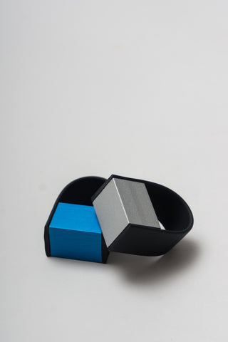 METALLIC RING