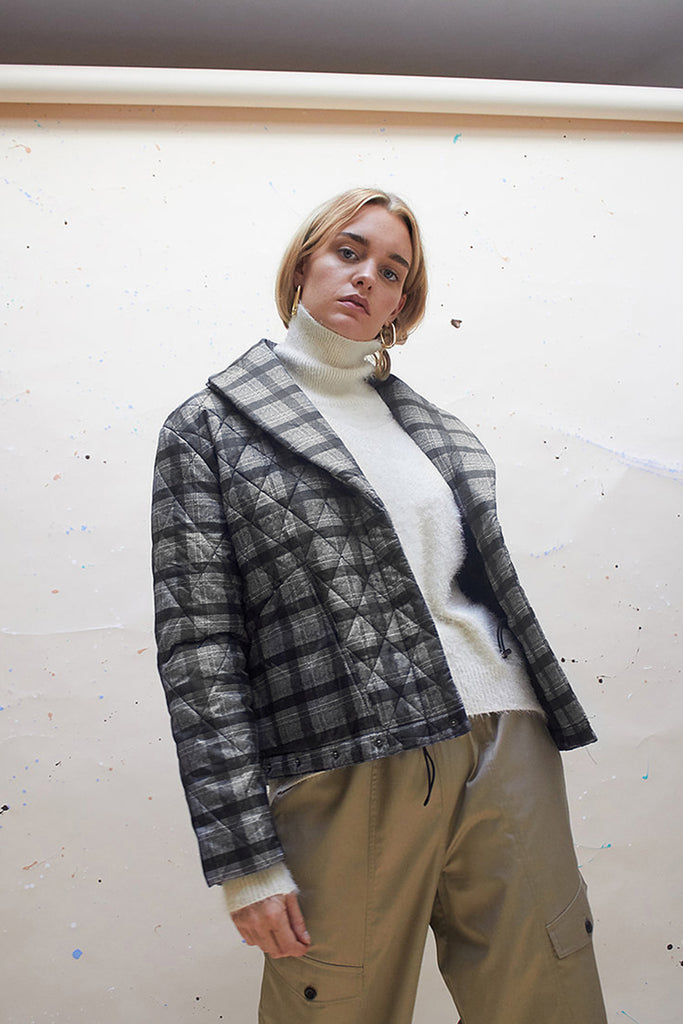ADJUSTABLE QUILTING PUFFA JACKET